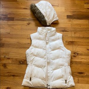 Banana Republic Puffer Vest with detachable hood